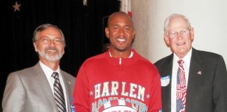Harlem Globetrotter Councilmembers[1].jpg