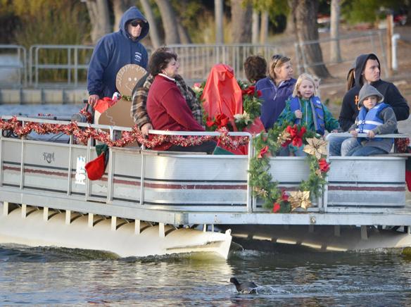 WEBboat hayride.jpg